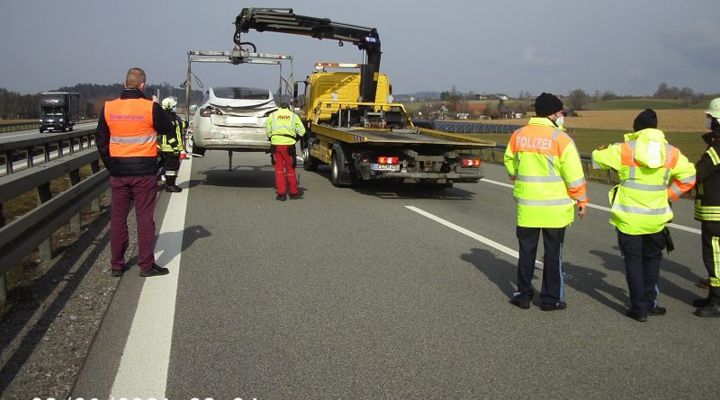 Verkehrsunfall A3, mehrere PKW